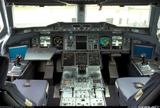 380a_cockpit