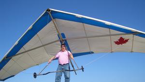 Br_hang_gliding