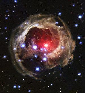 Starry_night_heic0405a_f11977