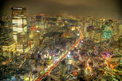Tokyo_at_nite